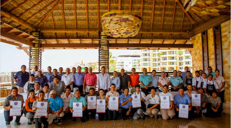 """Casa Dorada Los Cabos Resort and Spa recibe 11 """"Distintivos H"""" del Secretario de Turismo, Economía y Sustentabilidad de B.C.S."""