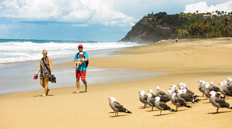 Riviera Nayarit mantiene su compromiso de playas limpias y recibe certificado de COFEPRIS y SEMARNAT